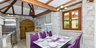 croatia-zivogosce-strnj-villa-apartman-40196ACE46-568C-1BA4-5754-6C919F839B65.jpg